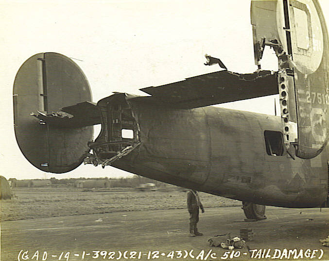 42-7510 El Lobo wo tail turret 20Dec43