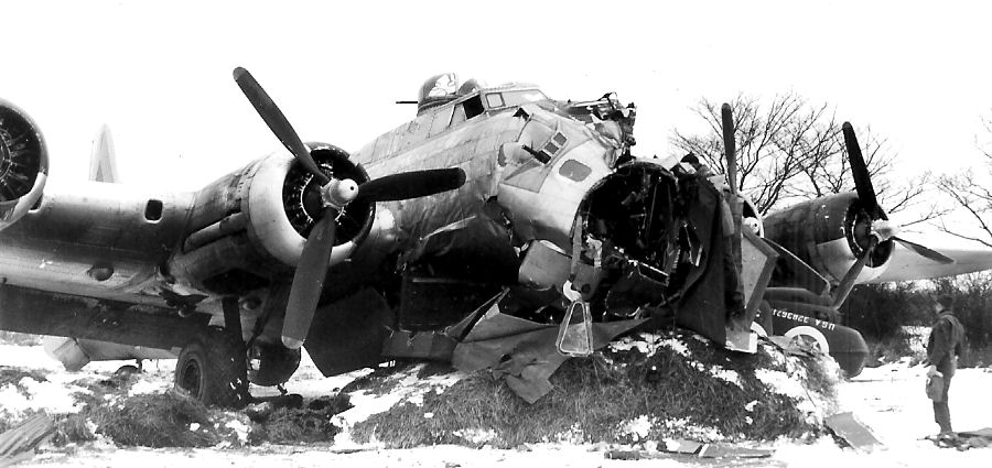 B17 crash 23 Jan 45